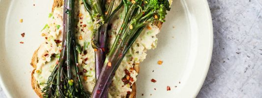 Tenderstem broccoli bean mash toast