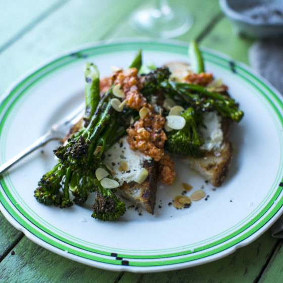 Charred Tenderstem® broccoli with Smoky Romesco Sauce & Toasted Almonds