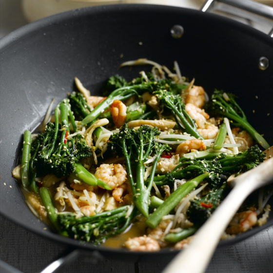 Stir-fried Prawns & Tenderstem® broccoli with Oriental Seasoning